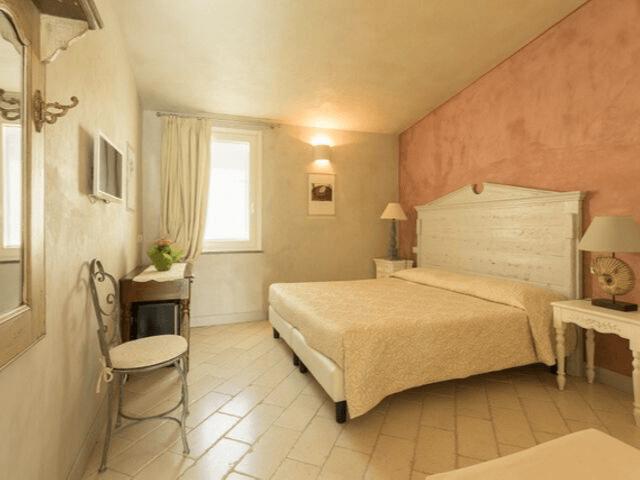 maison tresnuraghes boutique hotel westküste sardinien (10).png