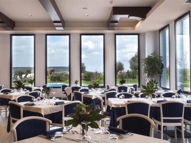 lu hotel carbonia sardinien (7).png