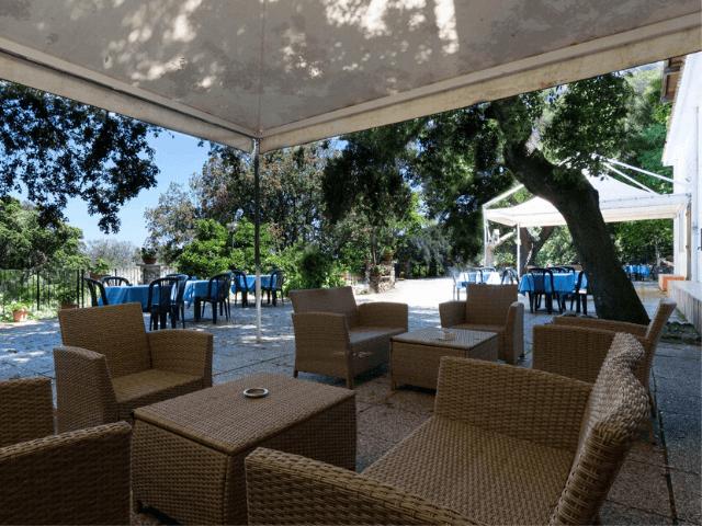 s enis monte maccione hotel oliena sardinia4all - sardinien (9).png