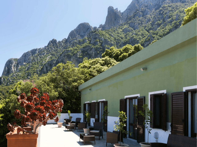 s enis monte maccione hotel oliena sardinia4all - sardinien (7).png