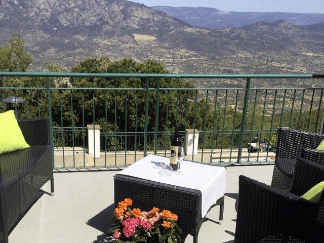 s enis monte maccione hotel oliena sardinia4all - sardinien (13).png