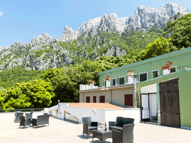 s enis monte maccione hotel oliena sardinia4all - sardinien (2).png