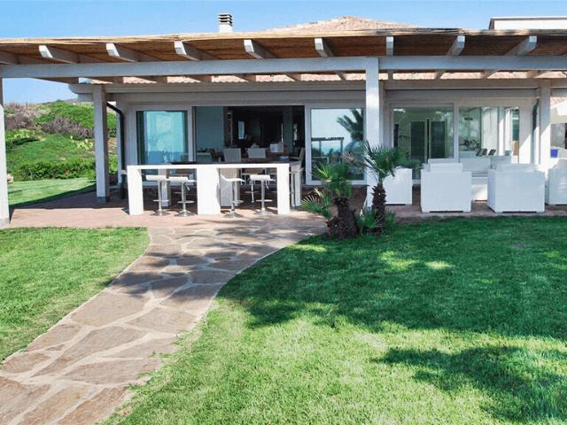 luxe vakantiehuis op sardinie voor tien personen - sardinia4all (4).png