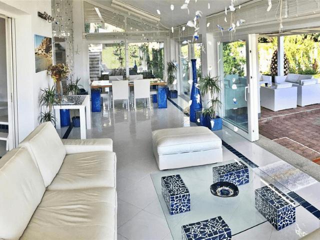 modern vakantiehuis aan zee op sardinie - villa castelsardo (7).png