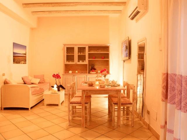 kleinschalig appartementen complex sardinie - villa antonina (2).png