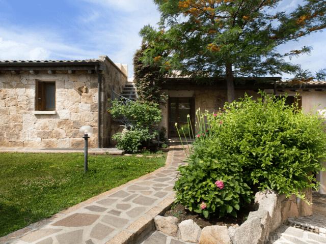 villa-maresol-san-teodoro-sardinia4all (2).png
