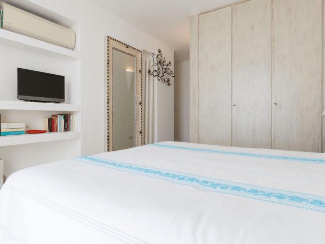 huis aan het strand op sardinie - beach villa golfo aranci - sardinia4all (29).png
