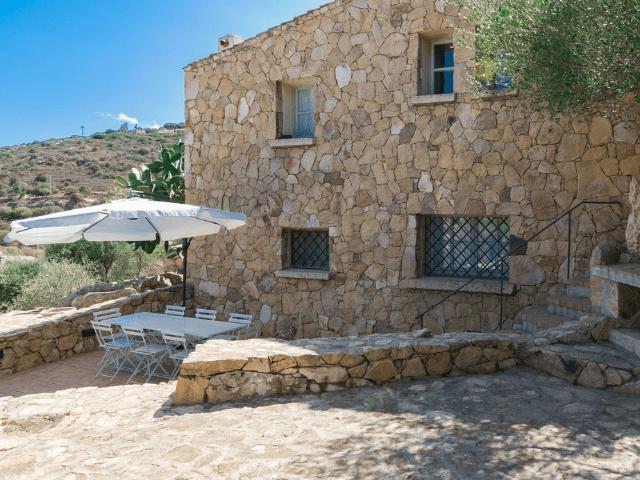 villa paola rocce di san pantaleo (italianway) - sardinia4all (17).png