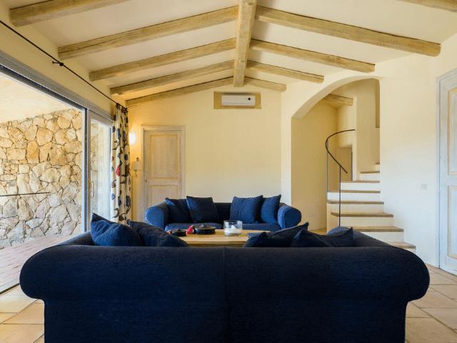 villa paola rocce di san pantaleo (italianway) - sardinia4all (2).png