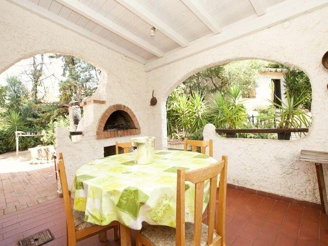 villa wanda di capitana, cagliari sardinien - sardinia4all (9).jpg