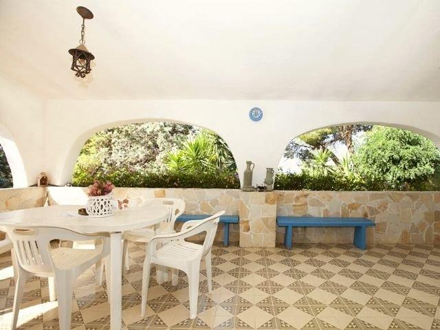villa wanda di capitana, cagliari sardinien - sardinia4all (4).jpg