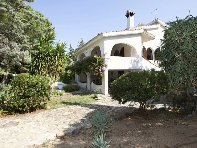 villa wanda di capitana, cagliari sardinien - sardinia4all (12).jpg