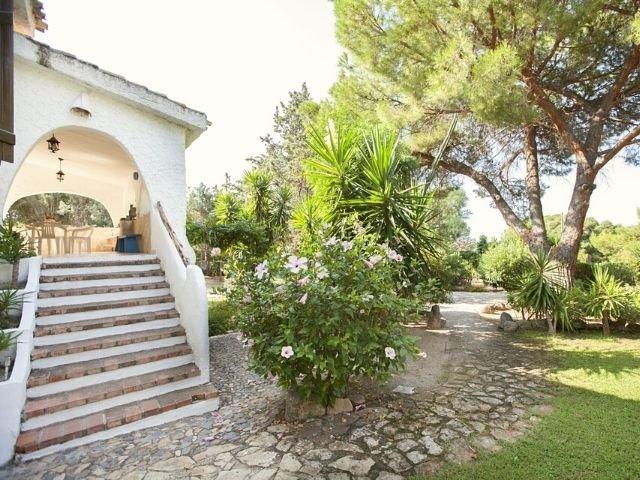 villa wanda di capitana, cagliari sardinien - sardinia4all (3).jpg
