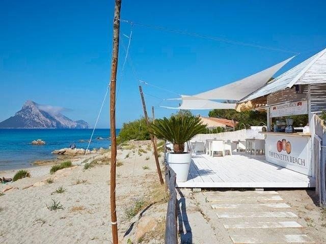 beach villa nibareddu porto taverna sardinia4all (10).jpg