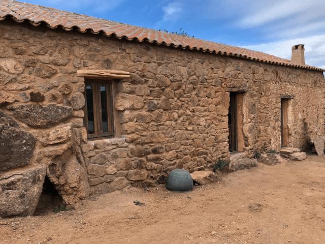 antica casa di campagna - porto san paolo - sardinia4all (7).png