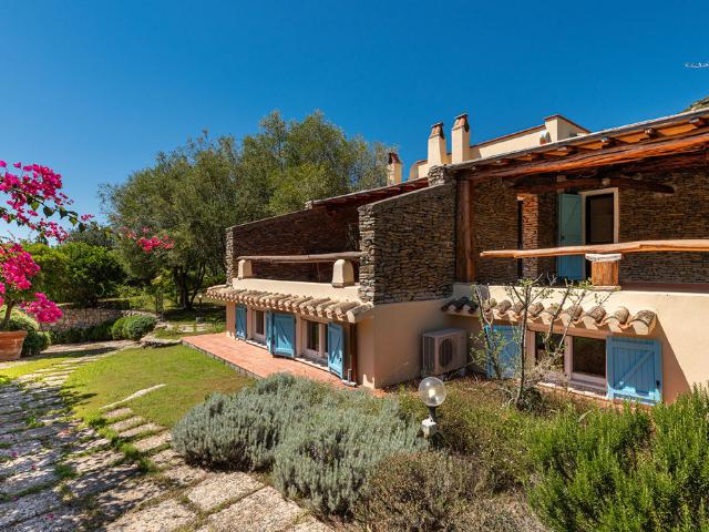 villa blu solanas - vakantiehuis sardinie - sardinia4all (22).png