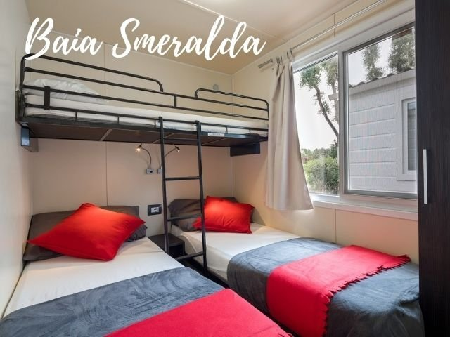baia smeralda - isuledda holiday park - sardinia4all.jpg