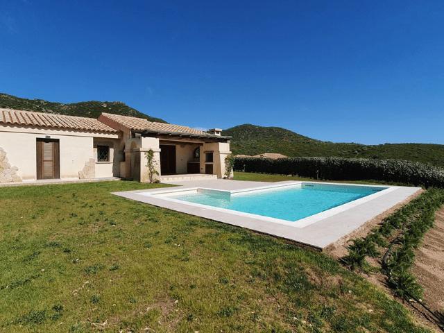 vakantiehuis met zwembad in golfo aranci - sardinie (30).png
