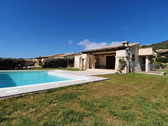 vakantiehuis met zwembad in golfo aranci - sardinie (32).png