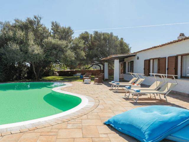 villa portisco otto met zwembad - sardinia4all (35).png
