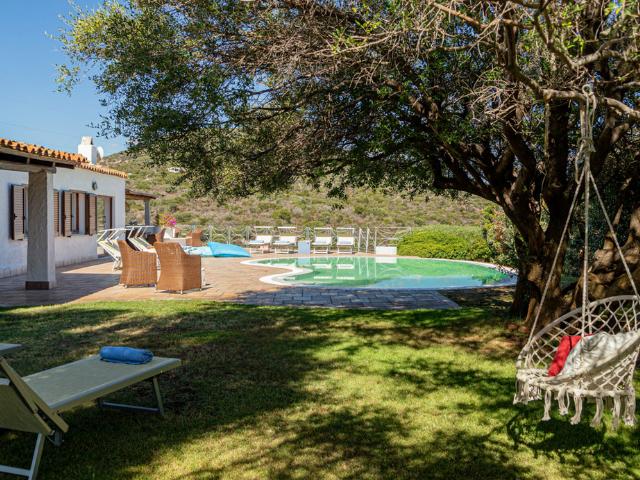 villa portisco otto met zwembad - sardinia4all (34).png
