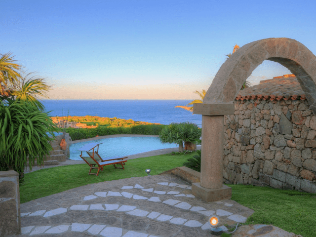 luxe vakantie villa cala granu in noord sardinie (9).png