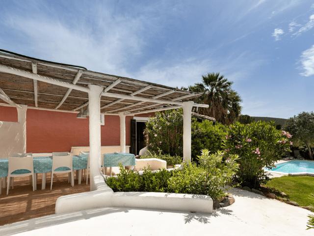 villa met zwembad - torre delle stelle (4).png