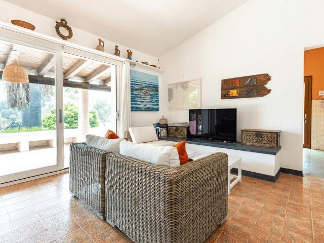 villa met zwembad in sardinie (18).png