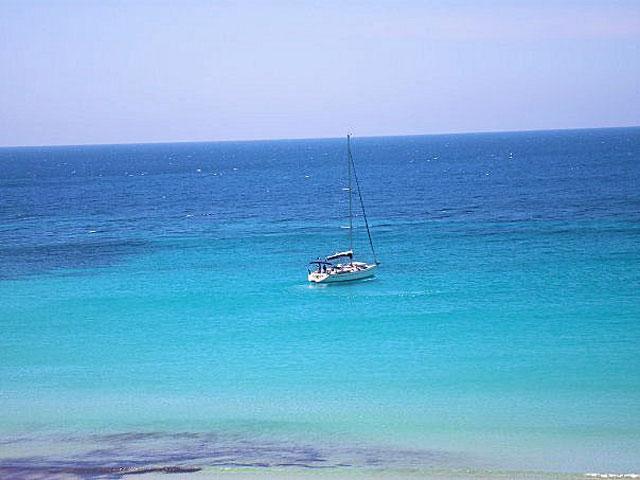 Vakantie op Sardinië - Een helderblauwe zee in Villasimius