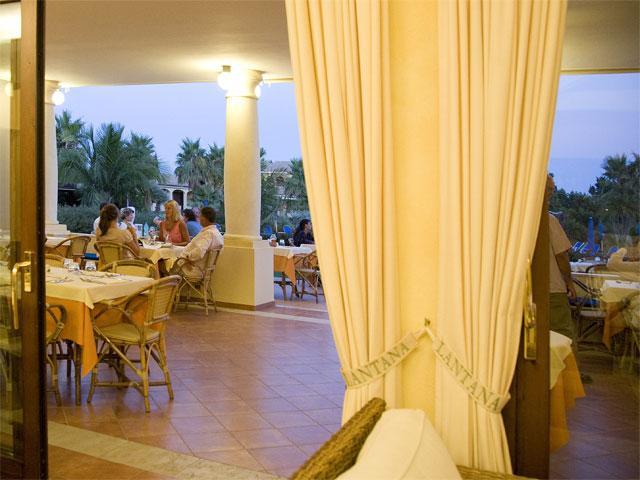 Terras - Hotel & Residence Lantana - Pula - Sardinië