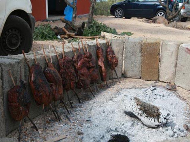 Op aanvraag kan traditioneel gegeten worden in de agriturismo