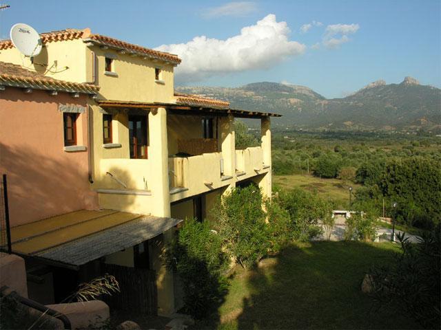 Schitterende ligging van I Mandorli - Agriturismo Sardinie (1)