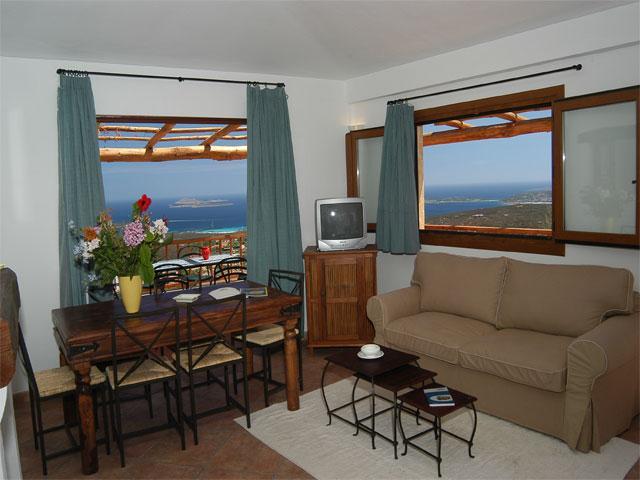 Sardinie - Vakantie appartement met zeezicht in Rocce Sarde