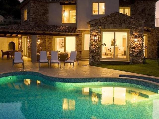 Villas Resort - Luxe vakantiehuizen met zwembad op Sardinie
