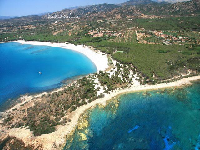 residence-sos-alinos-cala-ginepro-orosei_gallery_mare-spiaggia-01