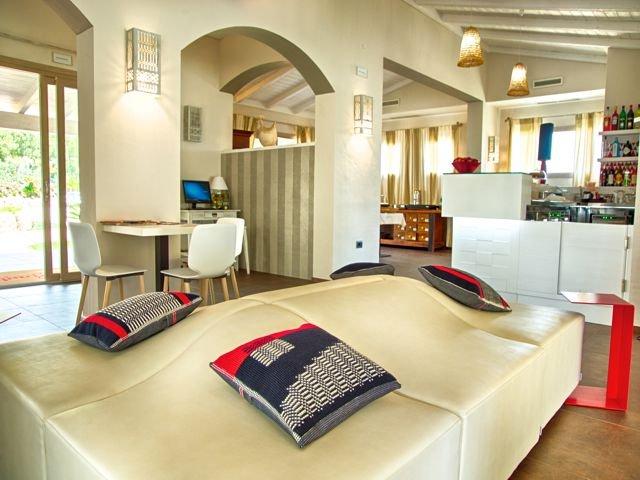 hotel-eliantos-boetiek-hotel-sardinie (1).jpg