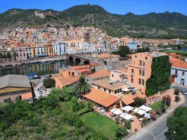 Palazzo Sa Pischedda in Bosa Sardinien