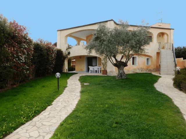 Strand-Ferienhaus Villa Bados Beach in Pittulongu - Olbia, Sardinien
